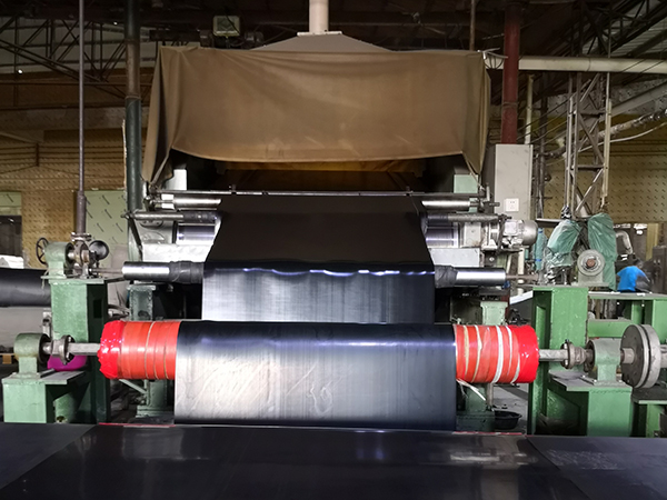 湛江星桥橡塑有限公司橡胶板生产线
